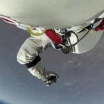 Space Dive 2012 1080p Farsi Dubbed.part1.mkv_snapshot_01.23.31_[2015.04.28_07.49.59]